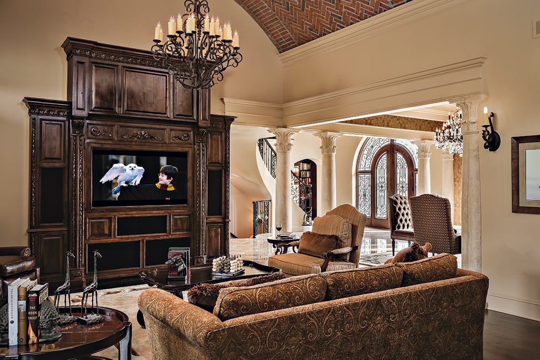 Tuscan Great Room open to Kitchen Design Connection, Inc. Kansas City Interior Design