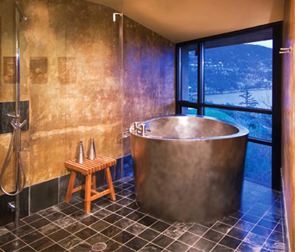Japanese soaking tub 2016 Bathtub Design Trends